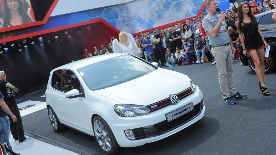Volkswagen Golf GTI Concept White revealed in Worthersee