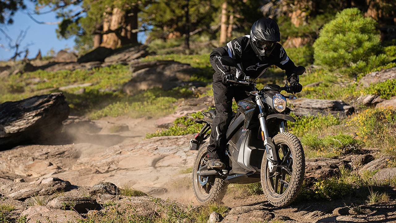 More Range and Power - Improvements to the 2016 Zero Motorcycles Lineup