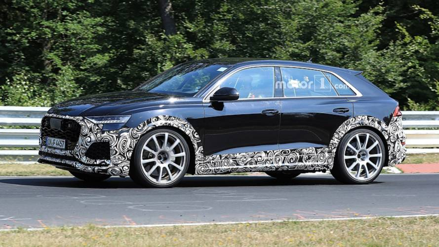 Audi RS Q8 spied with roll cage, Recaro seats