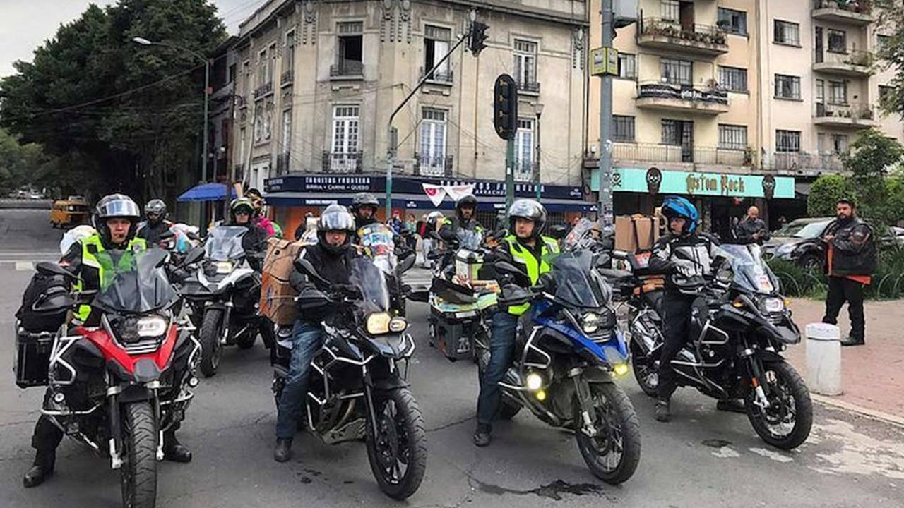 Mexican Bikers Gear Up to Assist Earthquake Victims