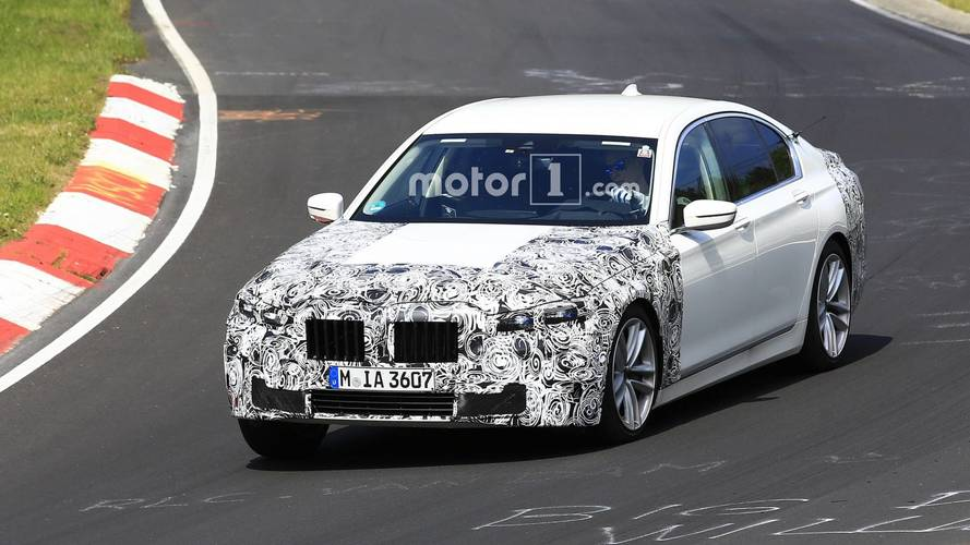 BMW 7 Series Facelift Rides Low At The Nurburgring