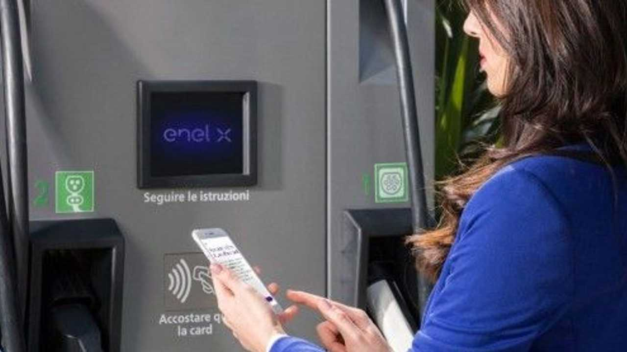 Enel-X-charging-point-640x280