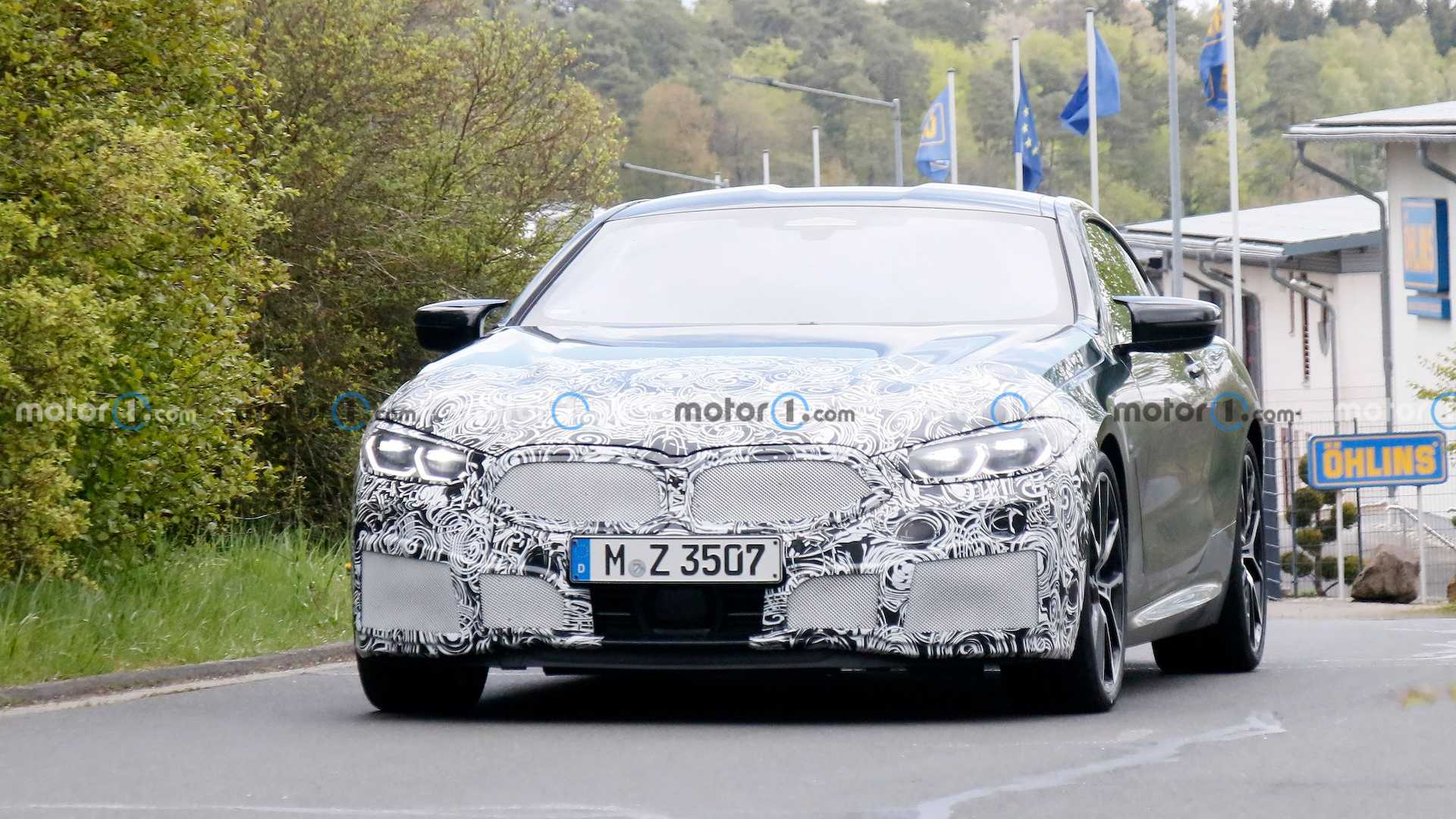 BMW 8 Series Coupe Facelift Spy Photos (Exterior & Interior)