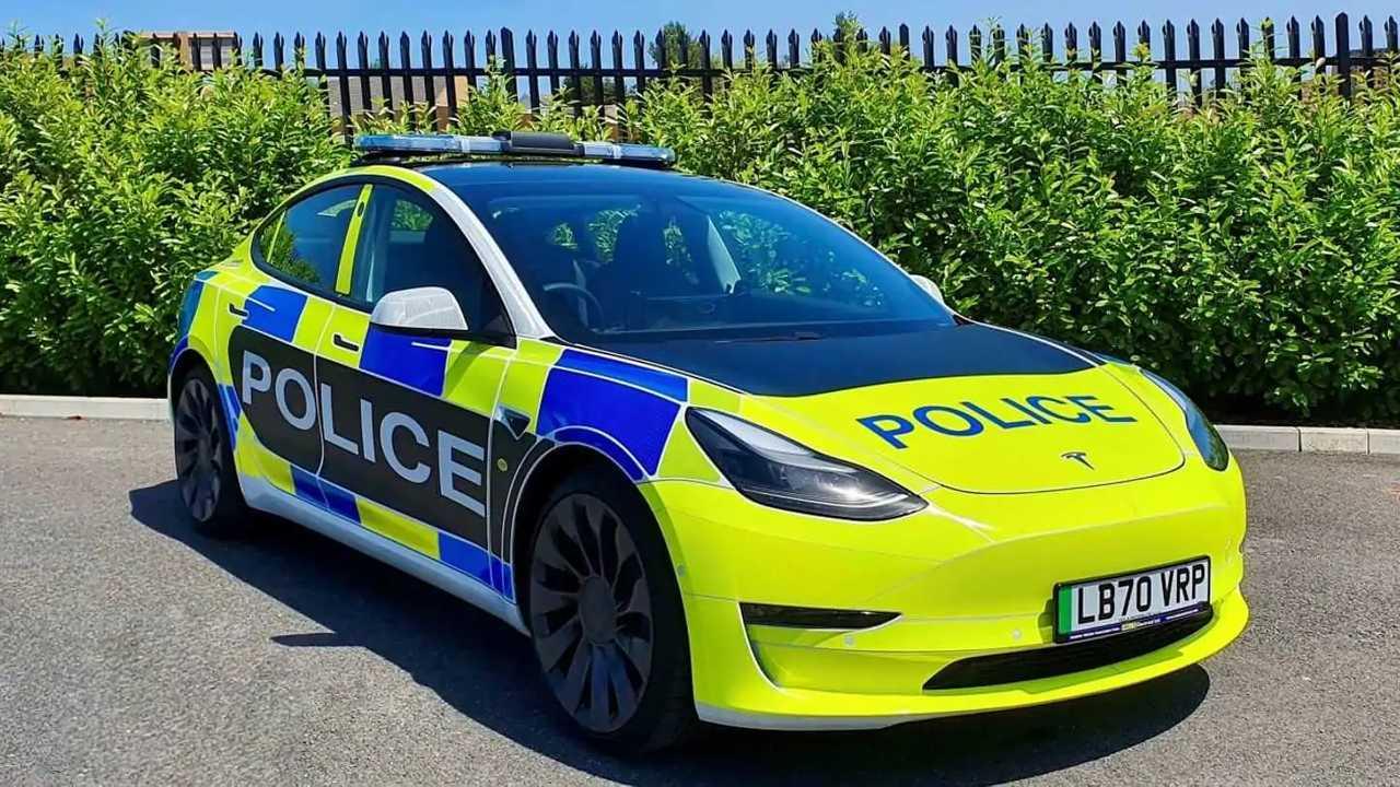 Tesla Model 3 police