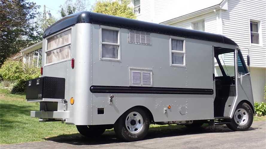 Chevrolet/Grumman-Olson Kurbside Camper de 1956