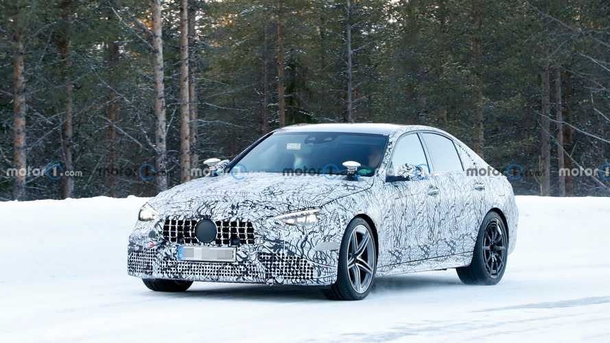 2022 Mercedes-AMG C63 Spy Photos