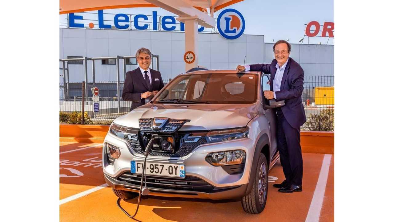 Location Dacia Spring E.Leclerc