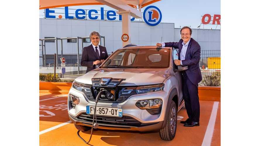 La Dacia Spring est en location chez E.Leclerc, une bonne affaire ?