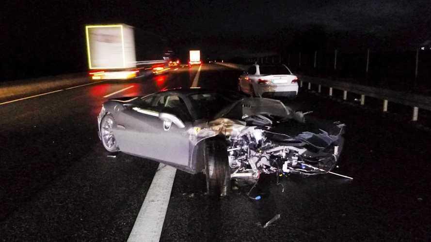Hat óra után rommá törte egyedi Ferrariját egy német autós