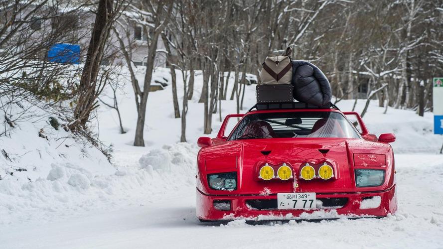 Vídeo: un Ferrari F40 haciendo diabluras en una pista de esquí