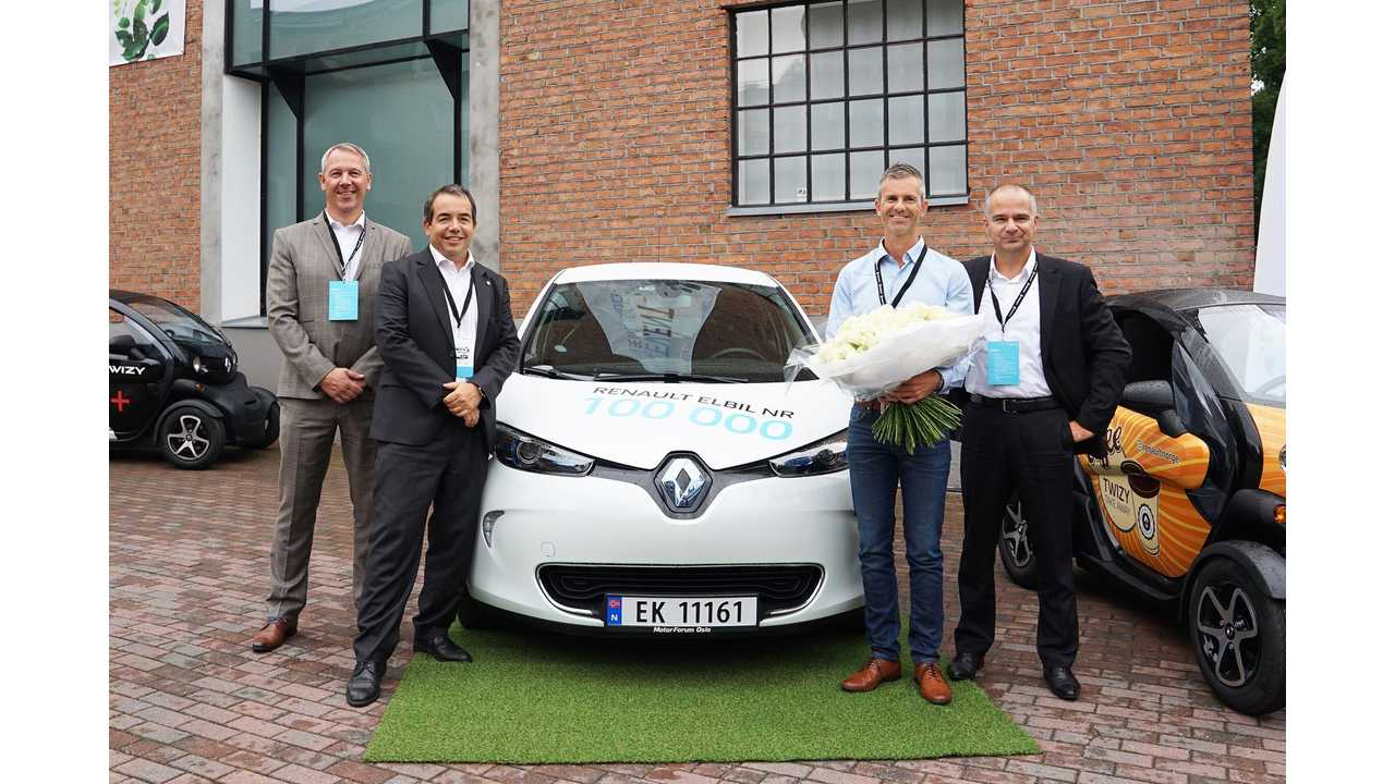Renault handed over the keys to its 100,000th electric car, a ZOE, in the Norwegian capital of Oslo<br />From the left to the right: Anders Gadsbøll, Managing Director RBI Norge AS Eric Feunteun, Director of Electrical Vehicle Division of Renault Åsmund Gillebo, the 100,000th EV customerSylvain Devos, Managing Director Renault Nordic