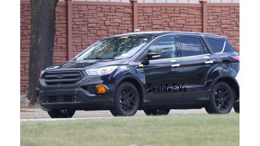 Ford Escape, Lincoln MKC Plug-In Hybrids Coming In 2019