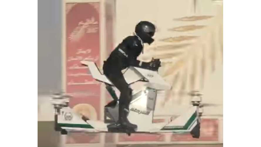 Dubai Puts Cops On Electric Hoverbikes -Video