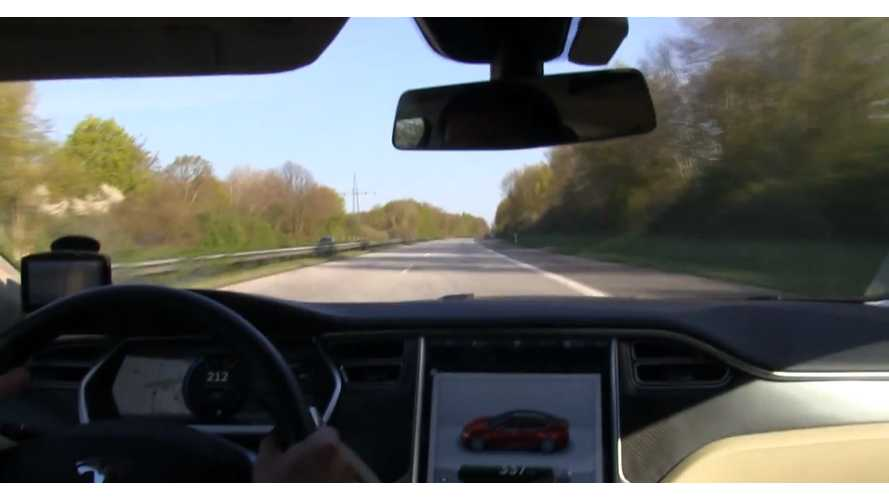 Tesla Model S P85 At 125 MPH For 12 Minutes - Video