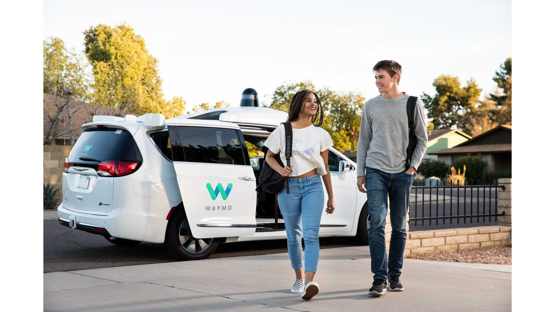 Up To 62,000 Chrysler Pacifica Hybrid Minivans Will Join Waymo