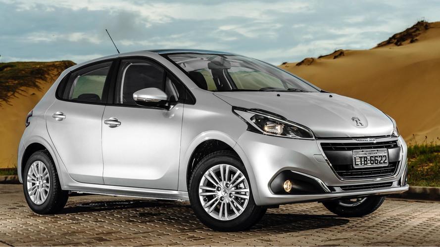 Peugeot oferece 208 e 2008 para PcD com taxa zero e pronta-entrega