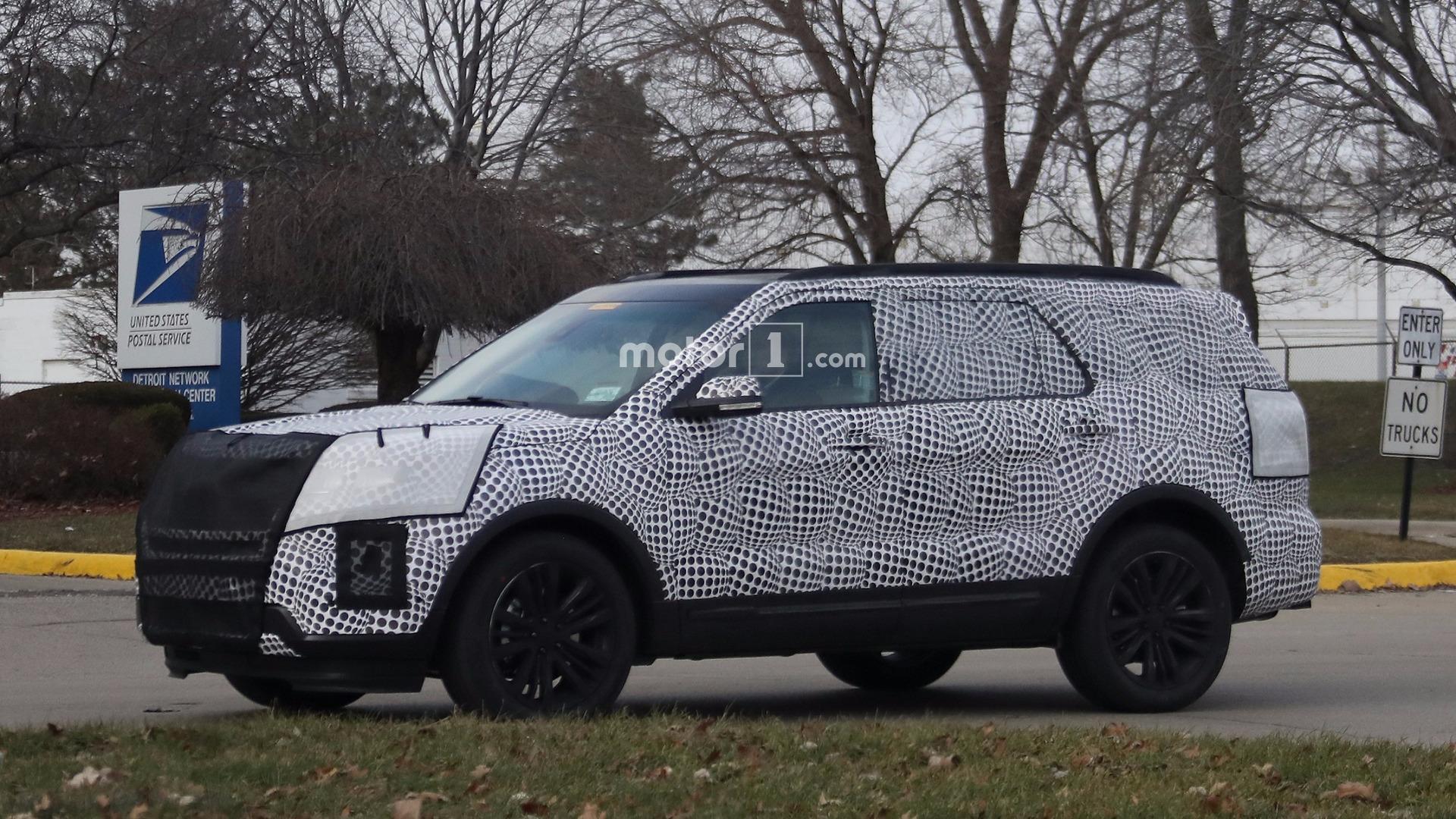 2019 Ford Explorer: Redesign, New Platform, Engines >> 2019 Ford Explorer Caught Hiding Evolutionary Design