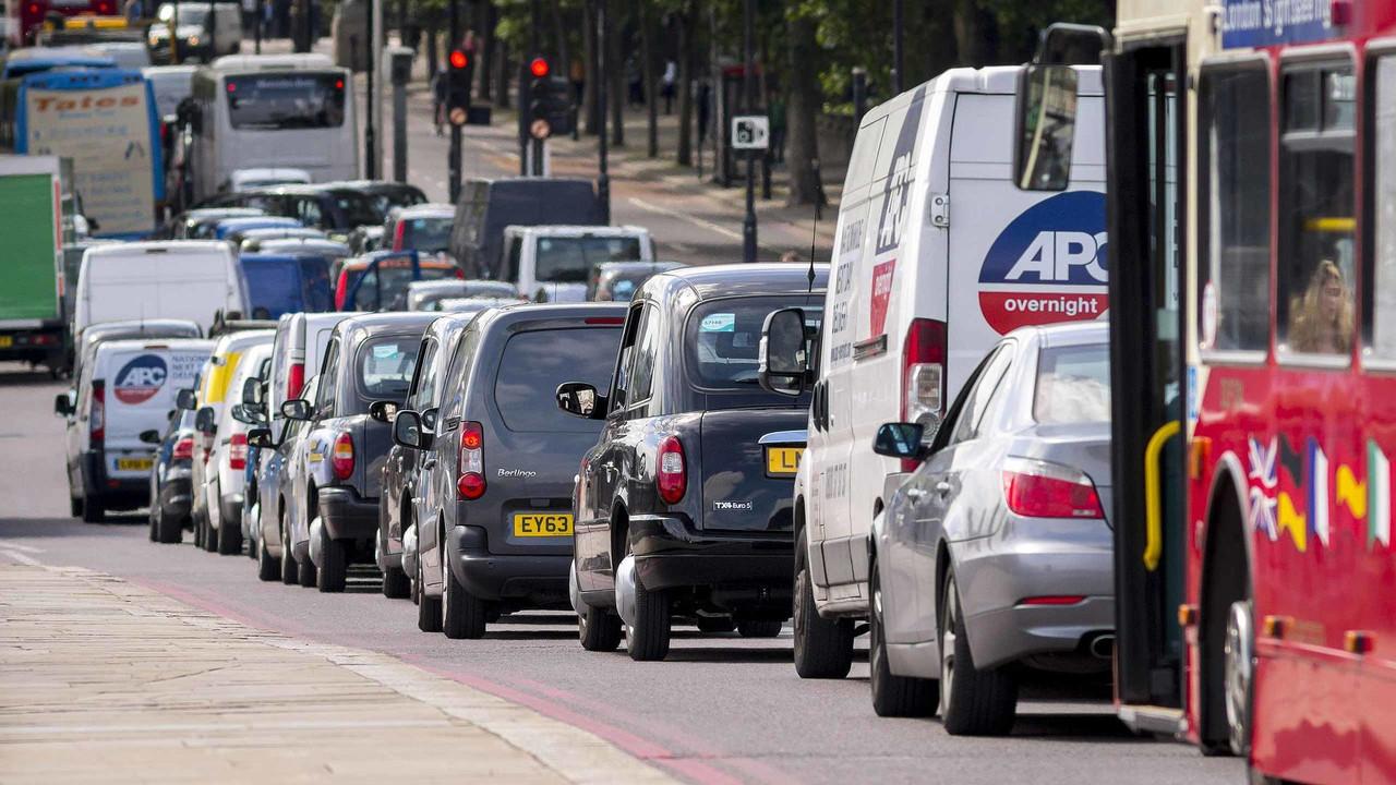 Reino Unido banirá motor a combustão em 2040