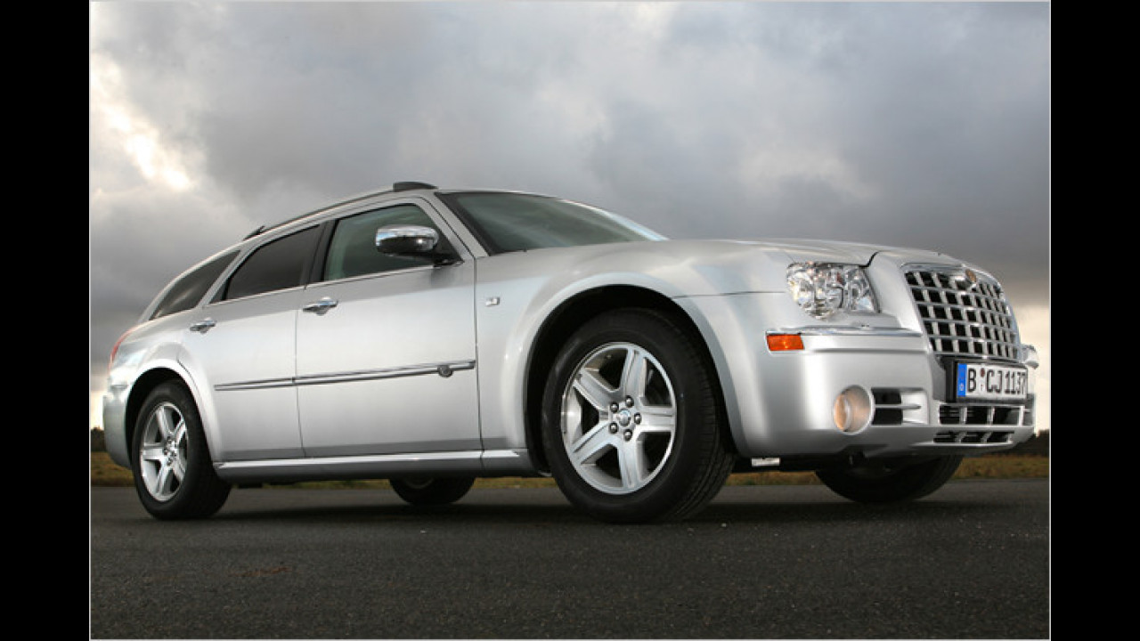 Chrysler 300C Touring SRT-8