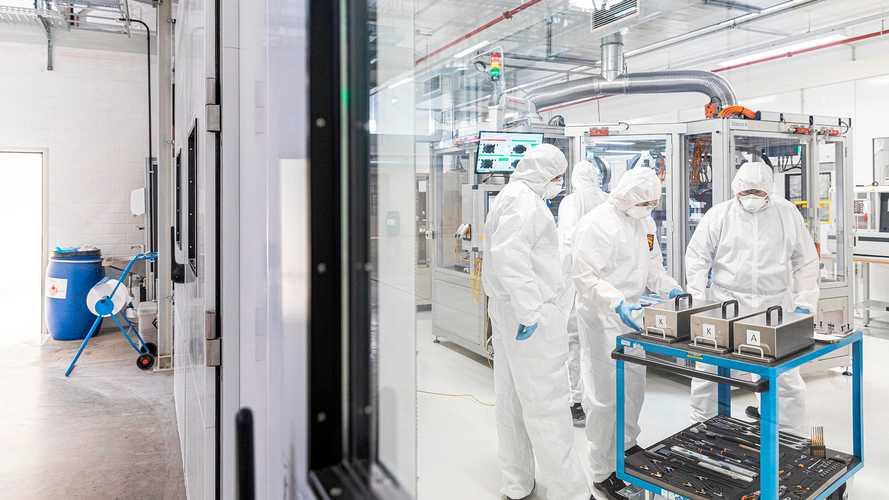 Volkswagen acelera para iniciar sua própria produção de baterias até 2024