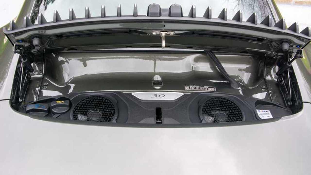 2020 Porsche 911 Carrera 4 Engine
