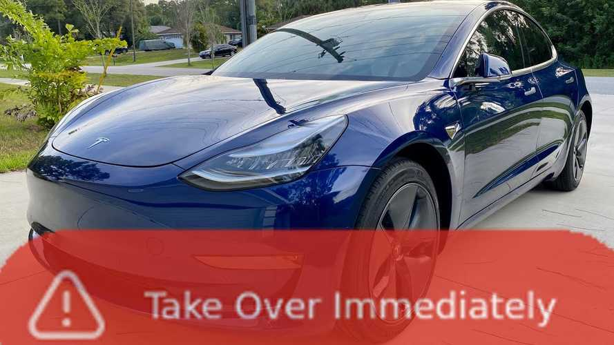 Don't do these things while driving on Tesla Autopilot