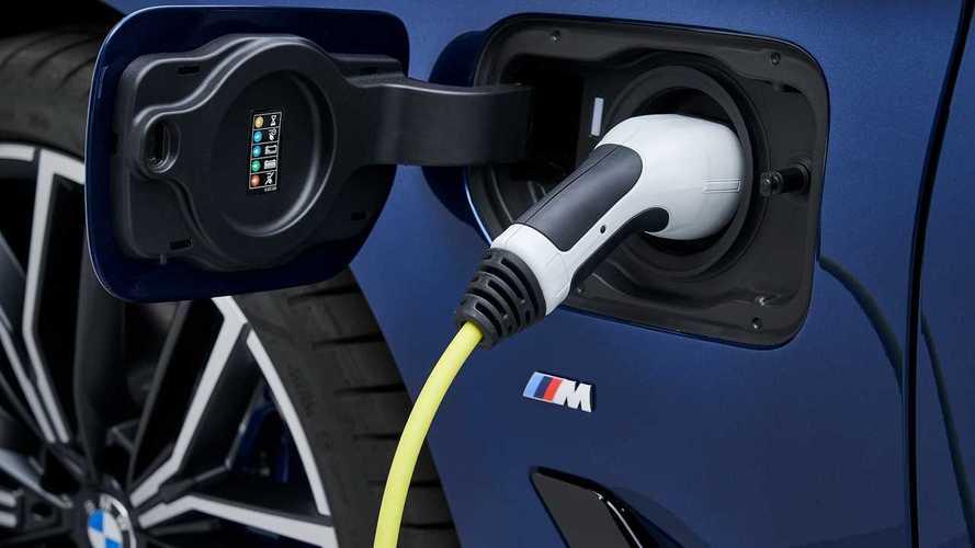 BMW uyarıyor: Hibrit araçlarınızı tamamen şarj etmeyin!