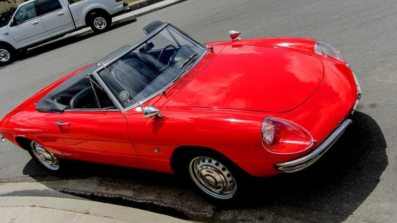1967 Alfa Romeo Spider for sale: Looking pretty in red