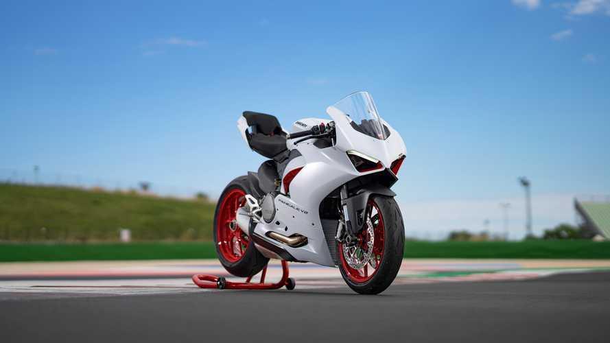 Ducati Panigale V2 si tinge di bianco: arriva la livrea White Rosso
