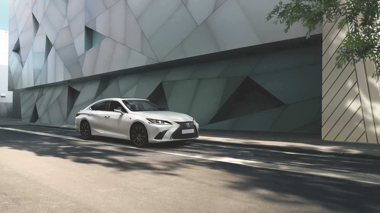 Lexus ES F Sport