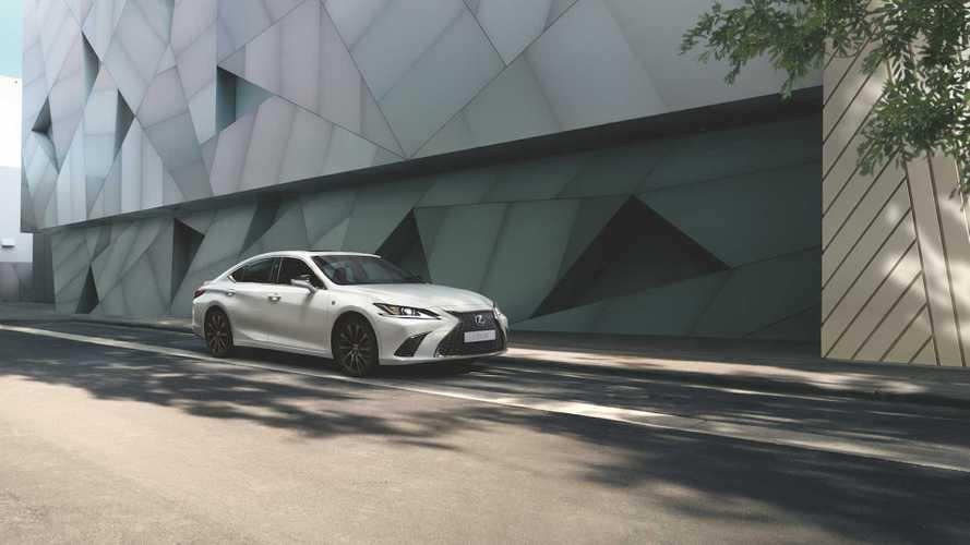 Для России «подогрели» более бюджетный Lexus ES