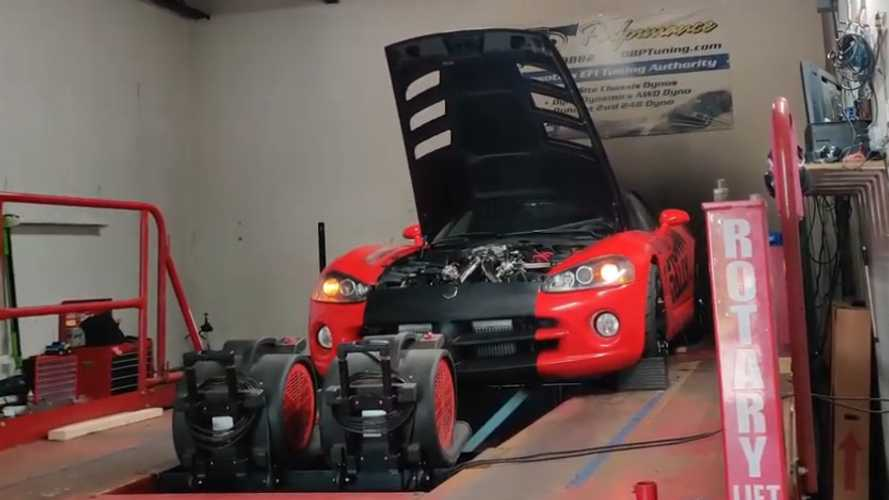 Twin-Turbo Dodge Viper Shows Huge Power On Dyno Run