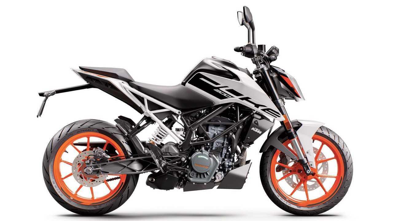 2020 KTM 200 Duke, White, Right Profile