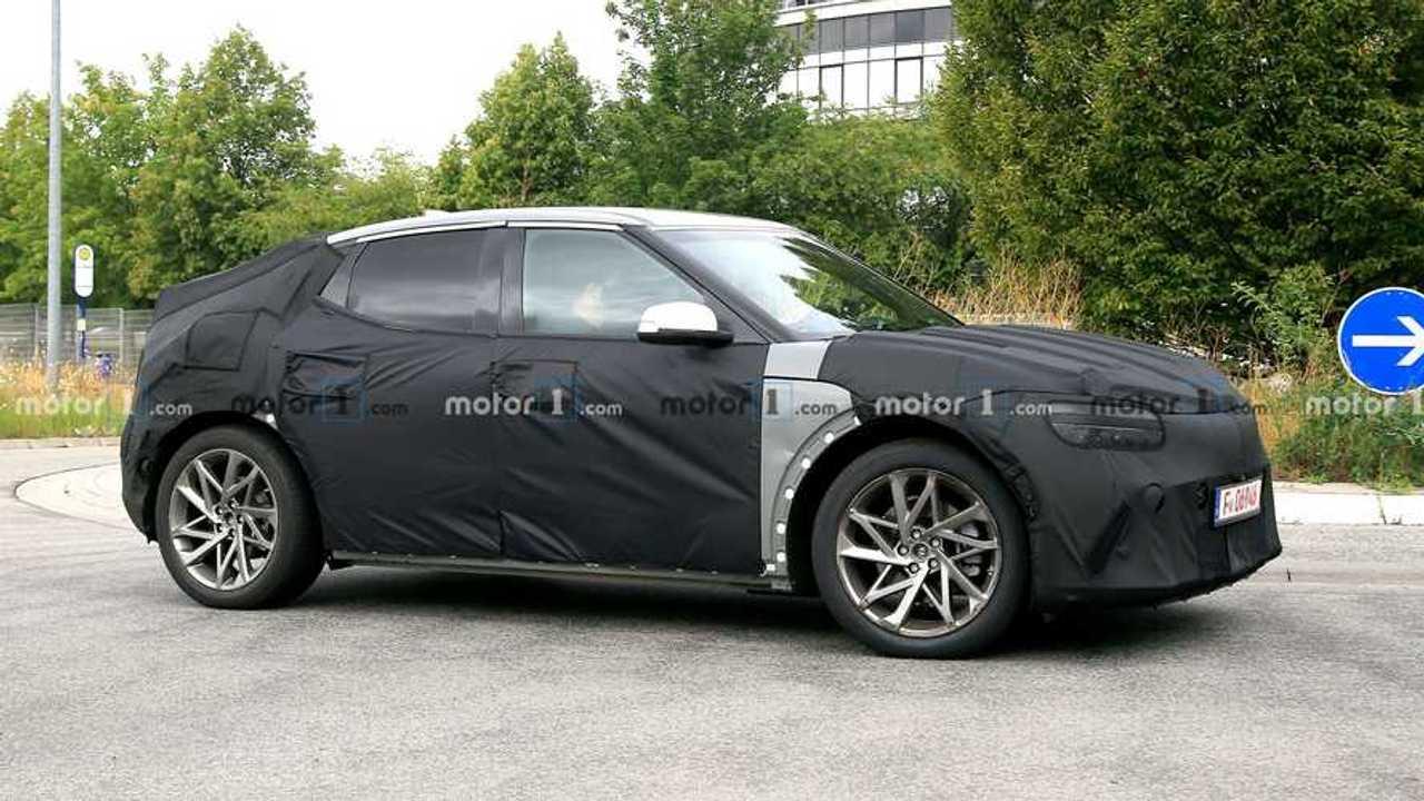 Hyundai JW EV Spy Shots Side