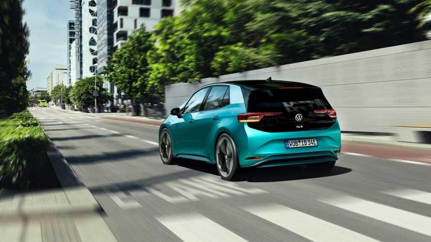Volkswagen ID.3, prezzi ben sotto i 40.000 euro: ecco le dotazioni