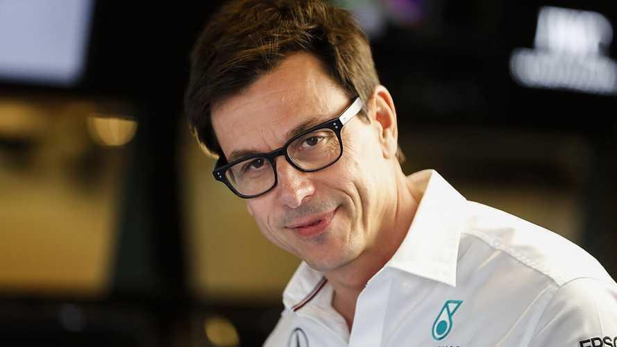 Mercedes desmiente rumores de salida de F1