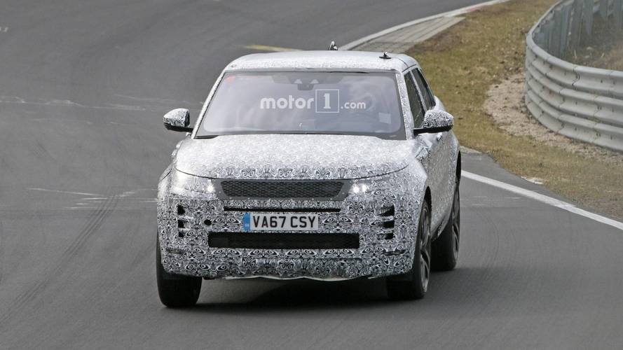2019 Range Rover Evoque spied at the Nürburgring