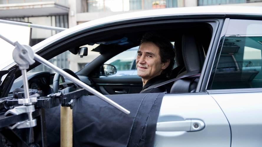 """La soluzione di Alex Zanardi: """"Girate la cover del cellulare quando guidate"""""""