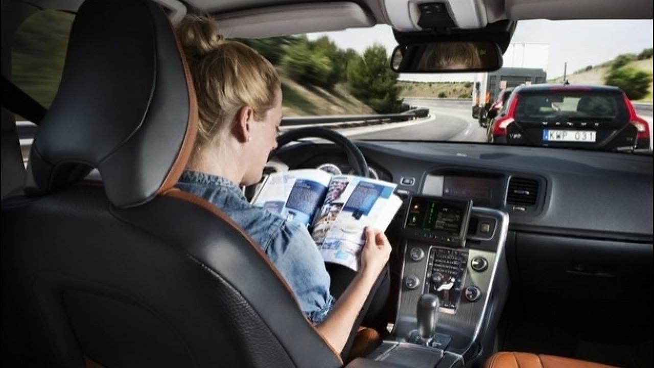 [Copertina] - Guida autonoma, gli italiani ci credono