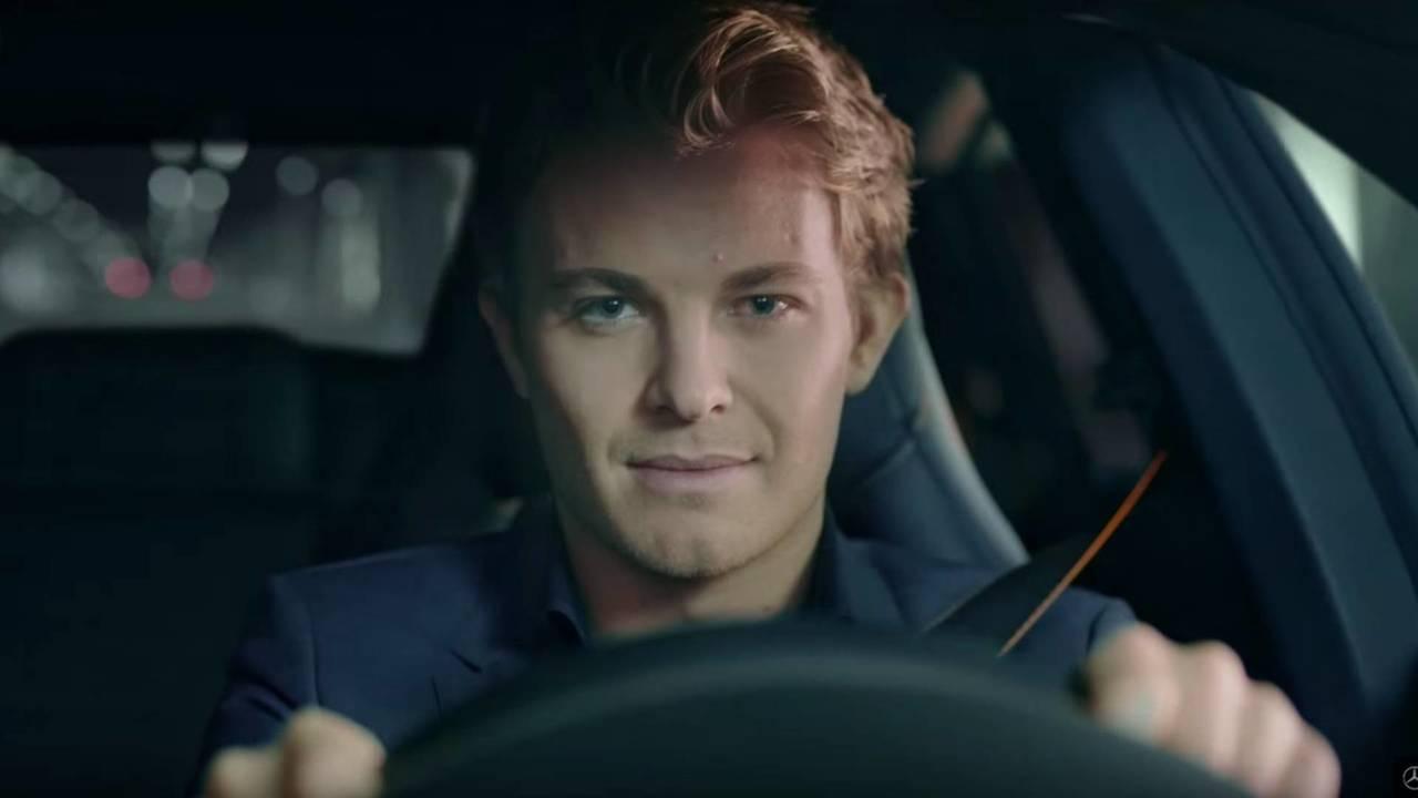 Nico Rosberg, con el Mercedes-Benz CLA Shooting Brake