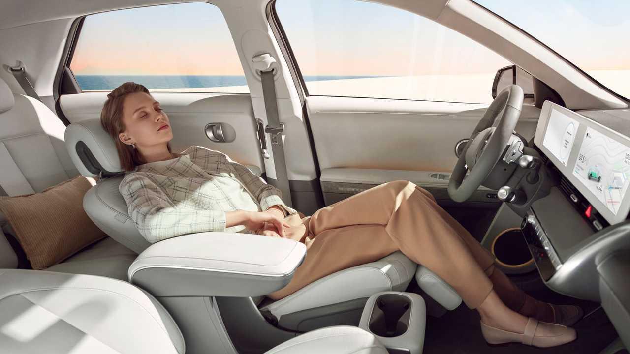 Hyundai IONIQ 5 (2021 год)
