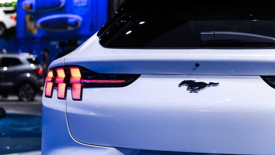 A Volkswagennel együttműködve hozna össze egy kisebb Mach-E-t a Ford