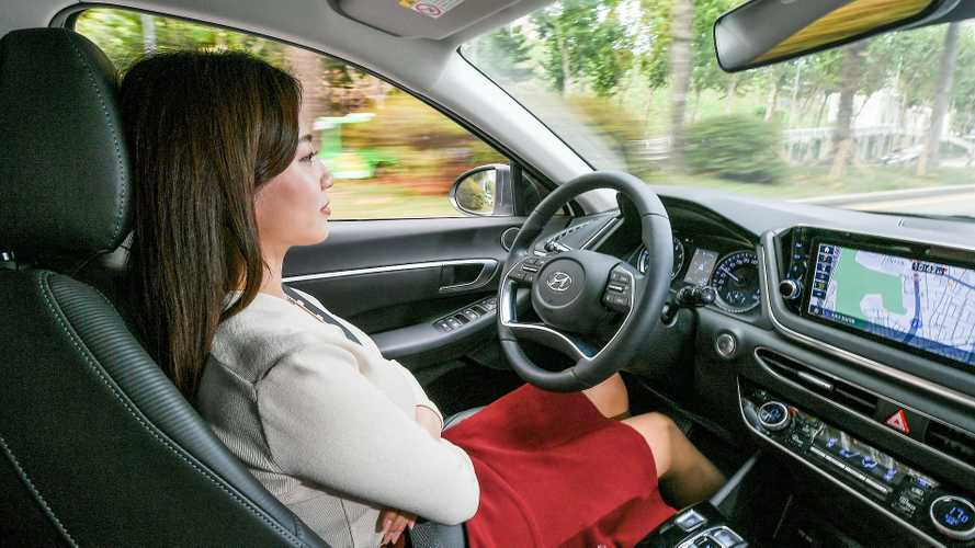 Умный круиз-контроль Hyundai