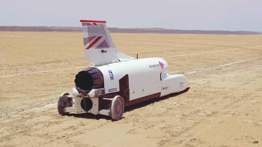 Watch Bloodhound LSR Literally Blast To 334 MPH In Under 20 Seconds