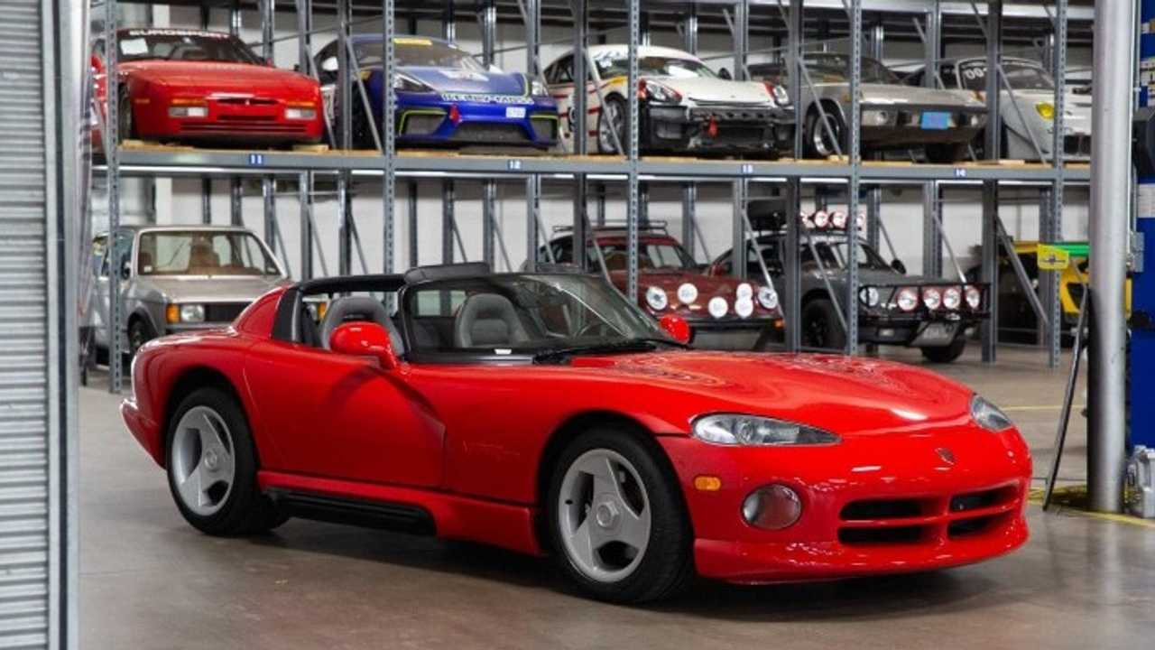 Your Dream 1993 Dodge Viper RT/10 Roadster Awaits