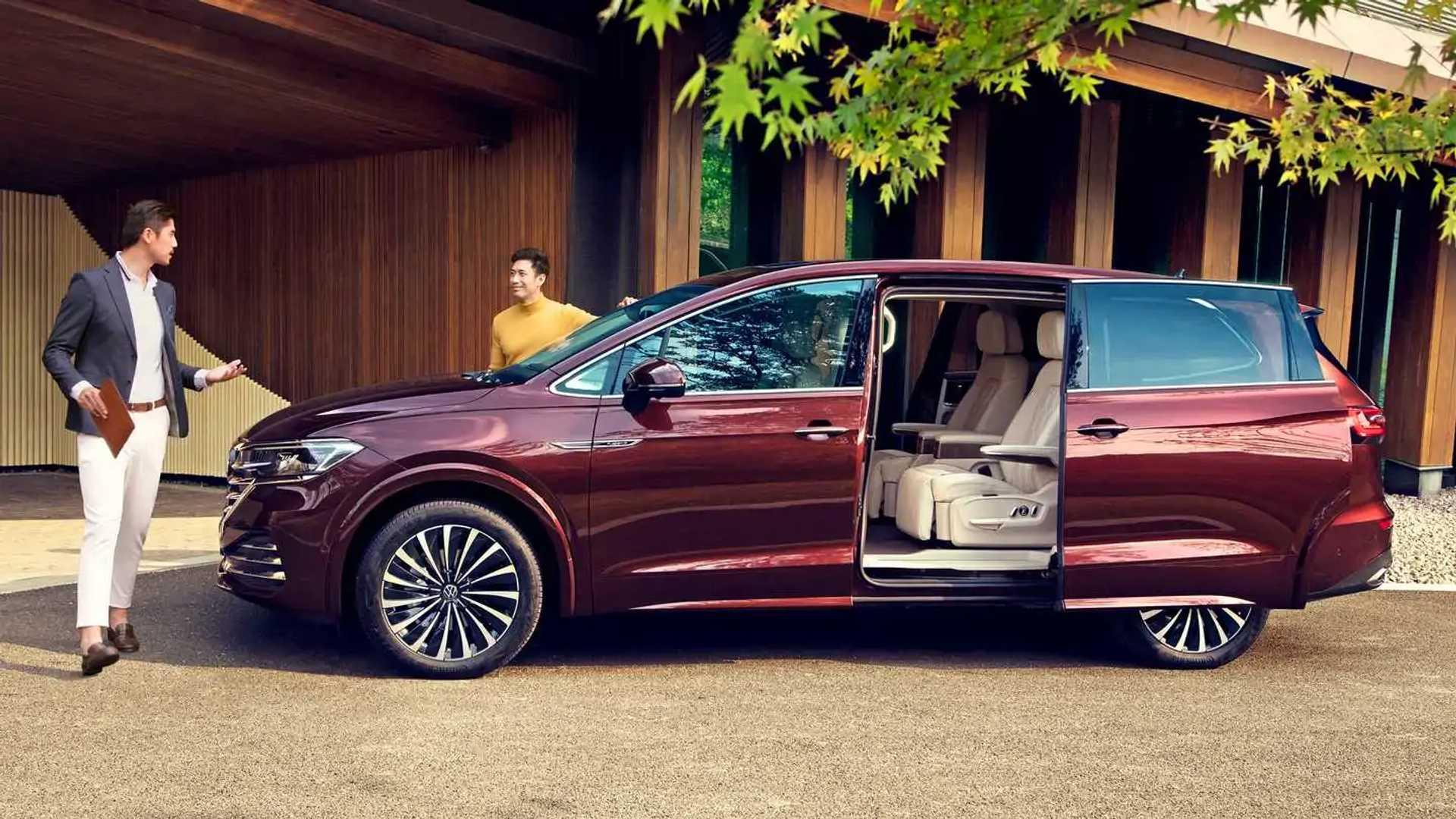 Burlappcar: More pictures of the new VW Viloran Minivan
