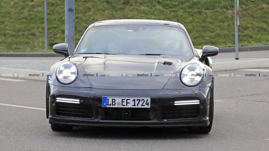 Porsche 911 Turbo S duck tail prototype spy photos