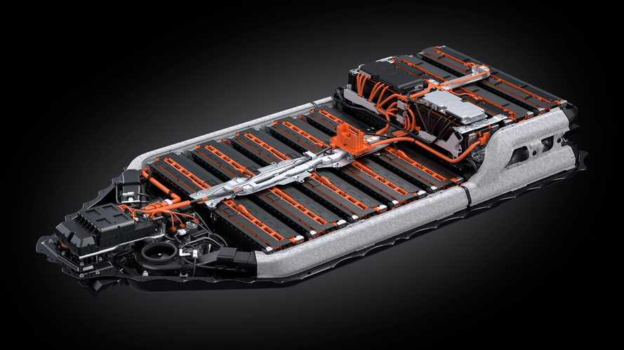 Auto elettriche, Toyota e Panasonic insieme per le batterie