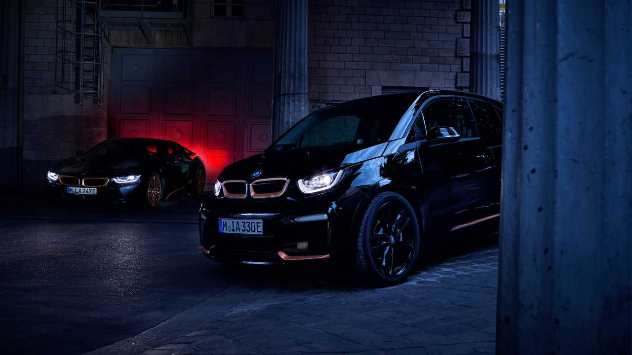 BMW i3s RoadStyle, i8 Ultimate Sophisto