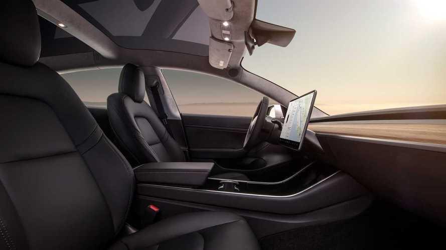 Tesla assume un pezzo grosso di Apple: ecco cosa ha in mente Musk
